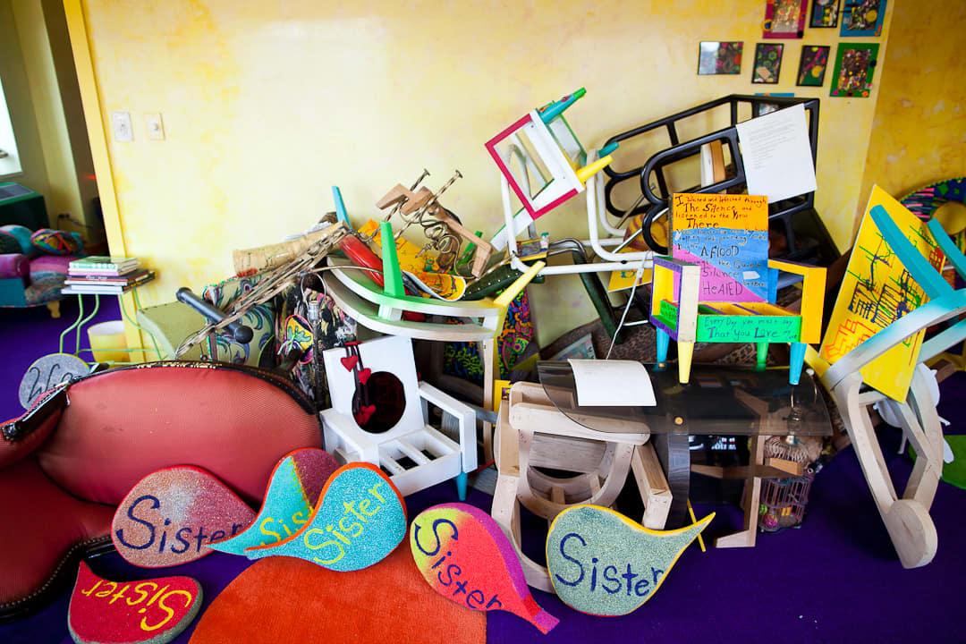Apryl's Technicolor Life: gallery image 5