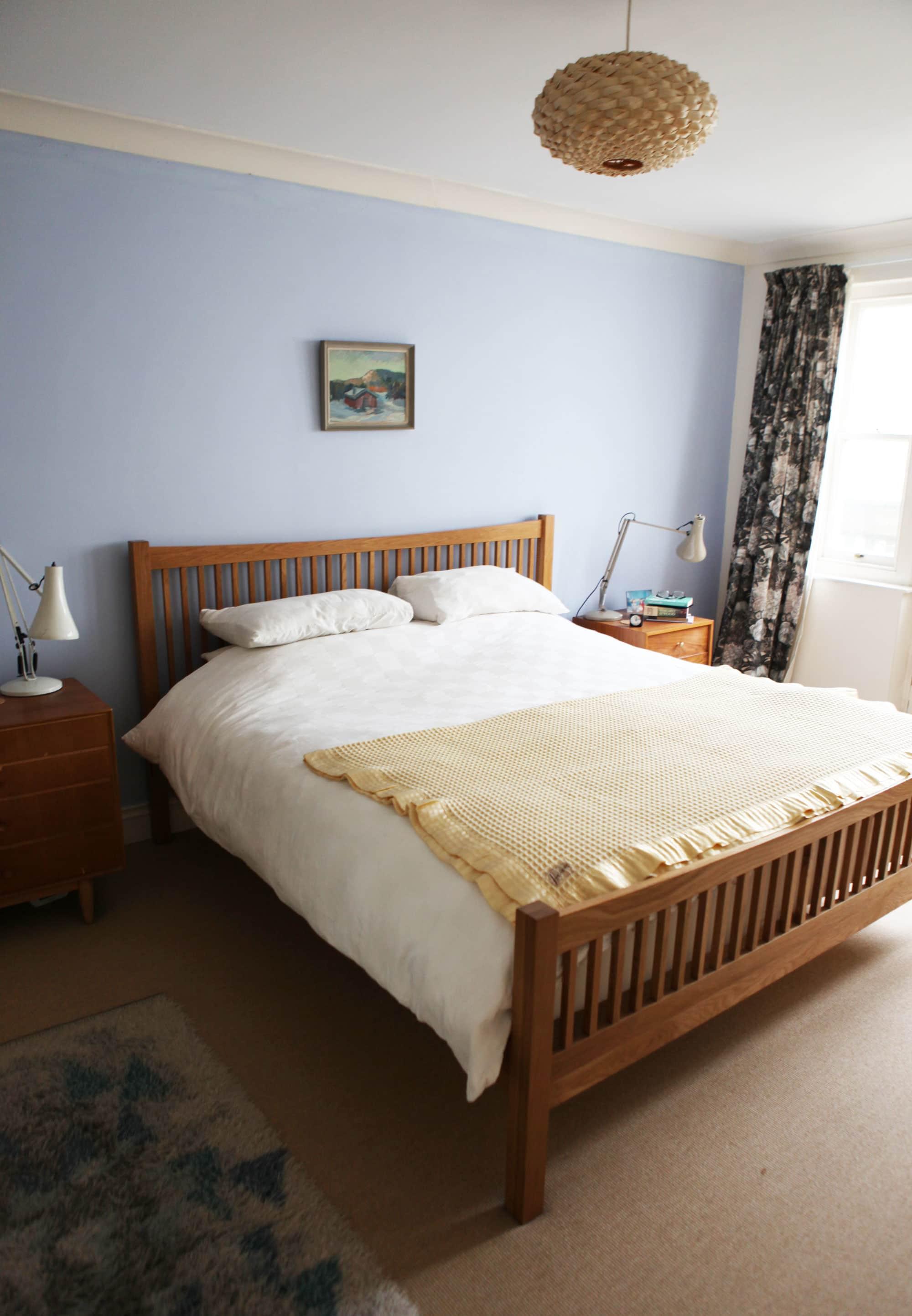 Lesley's Cozy Cool UK Coastal Home: gallery image 19