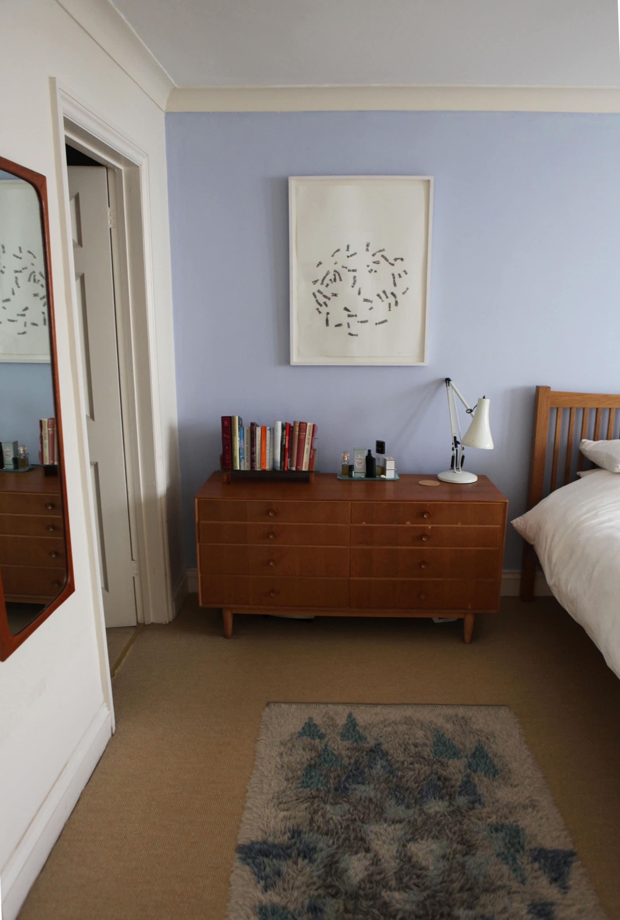 Lesley's Cozy Cool UK Coastal Home: gallery image 21