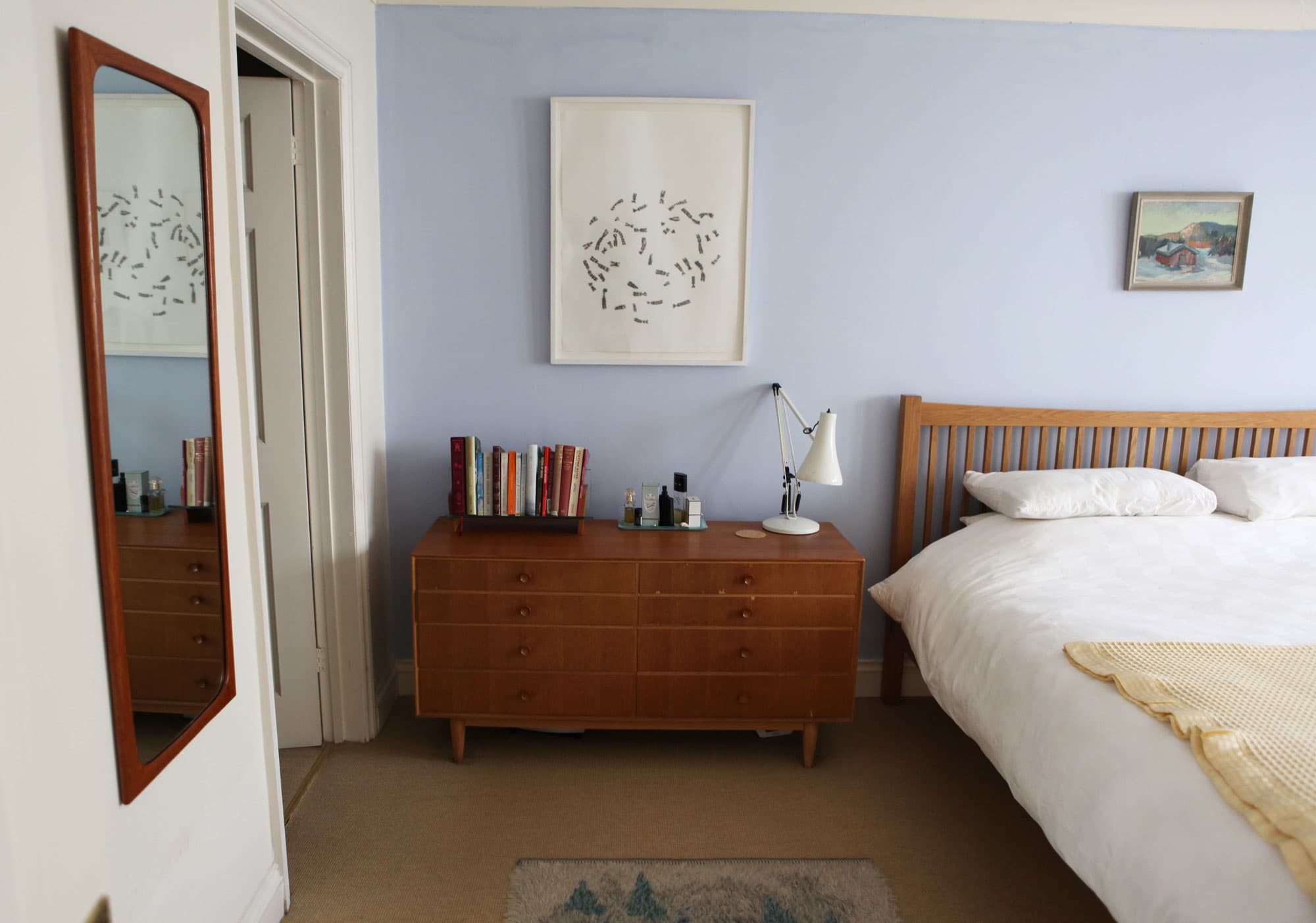 Lesley's Cozy Cool UK Coastal Home: gallery image 20