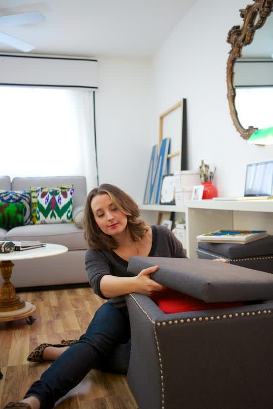 small living room ottoman storage