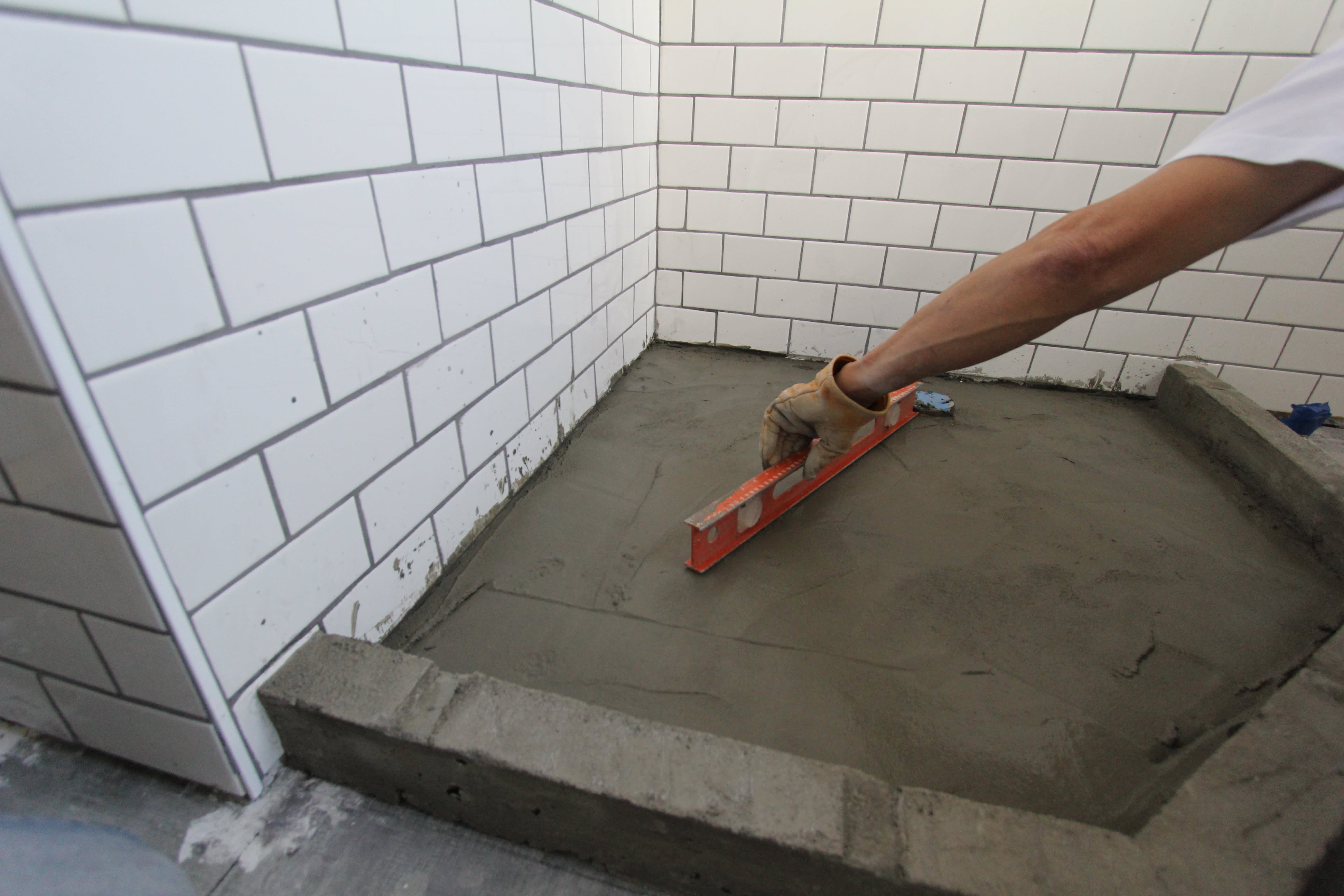 How to Build a Custom Tiled Shower Pan | Apartment Therapy