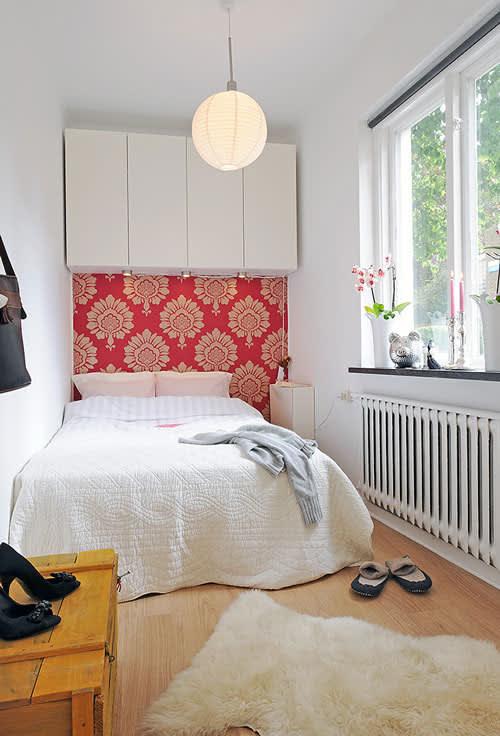 Small Bedroom Ideas: 5 Tips For Tiny Sleep Spaces | Apartment Therapy