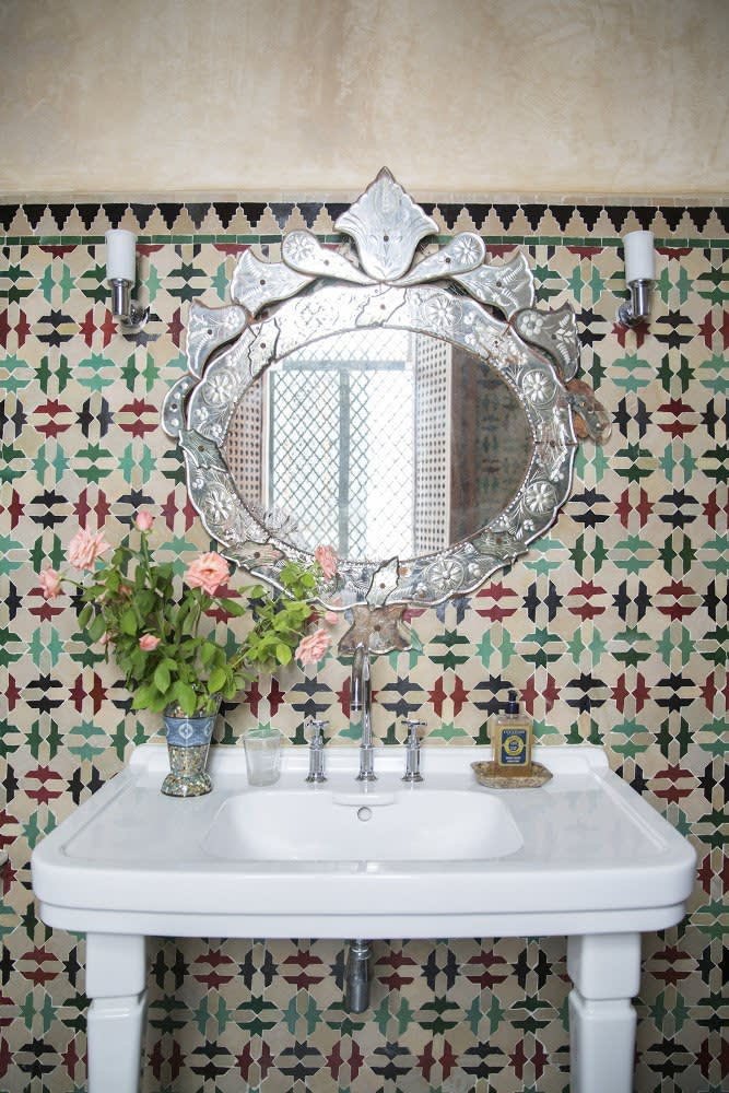 The Bohemian Bathroom 10 Ways To Get The Look Apartment