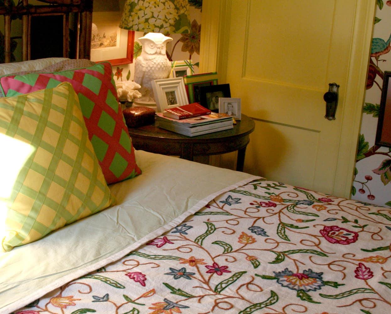 Jason & John's Hyper Saturated Home: Part 1: gallery slide thumbnail 17