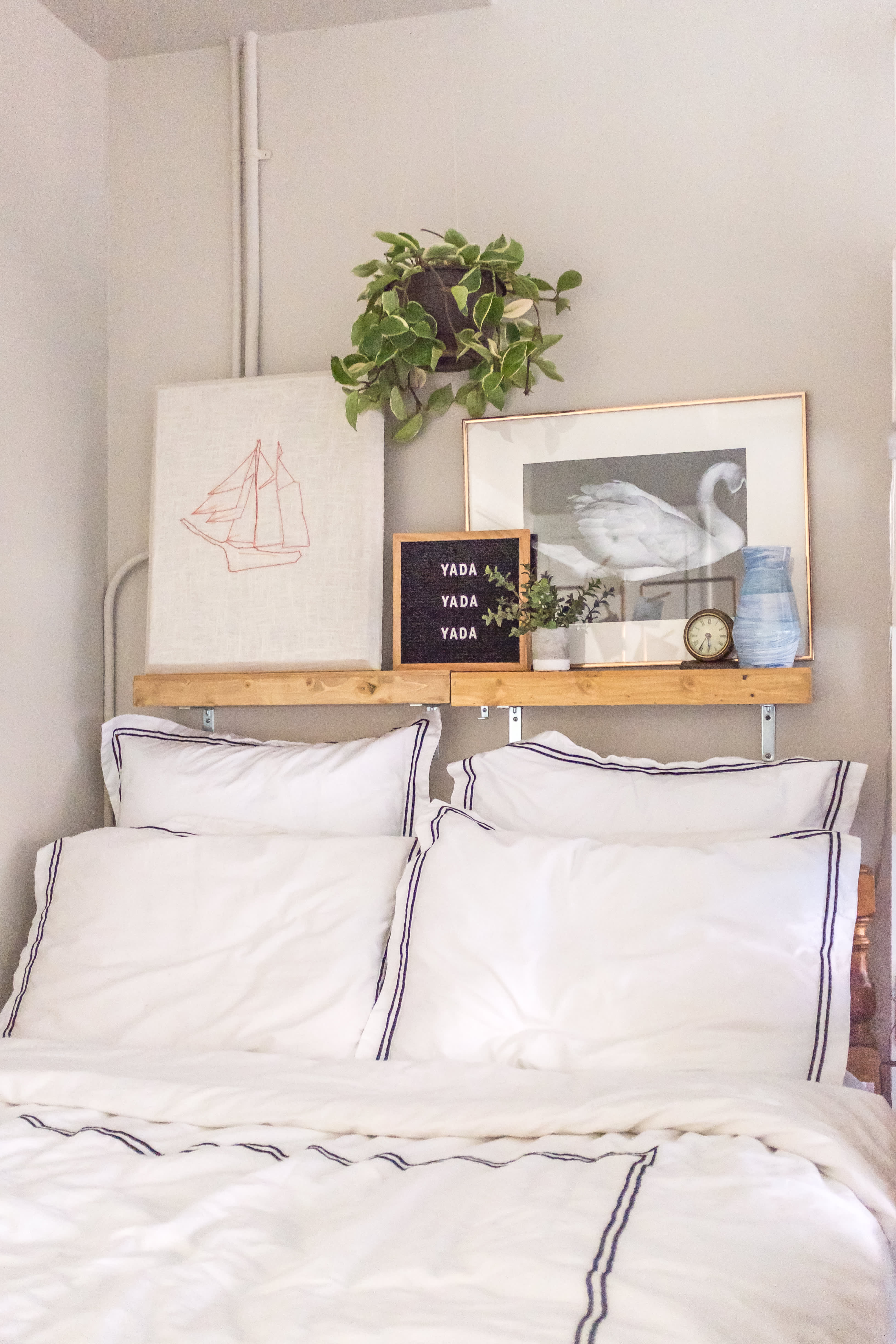 Small Space Solutions 11 Space Saving Nightstand Ideas Apartment