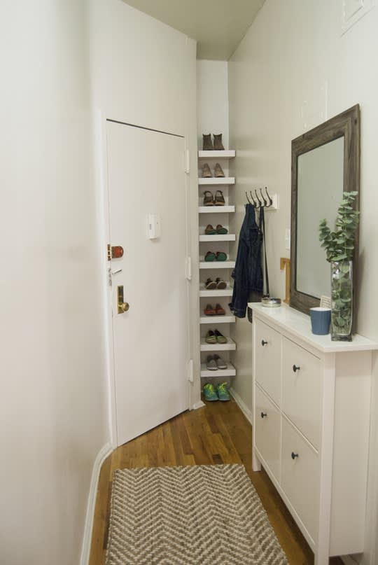 Taylor's Relaxing Transition Entryway