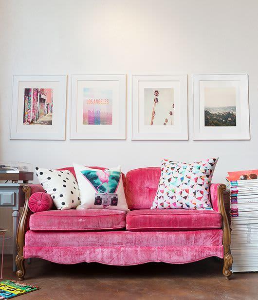Arranging Throw Pillows On Sofa: No-Fail Recipes For Artfully Arranging Your Sofa Pillows