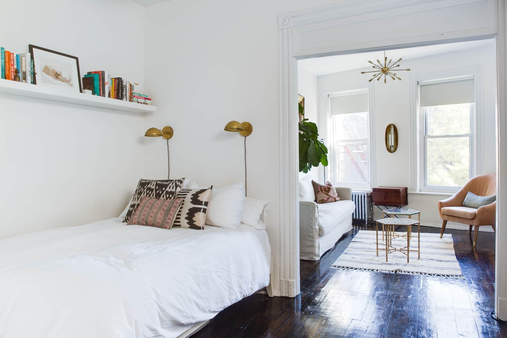 Long Plant Shelf Above Bed