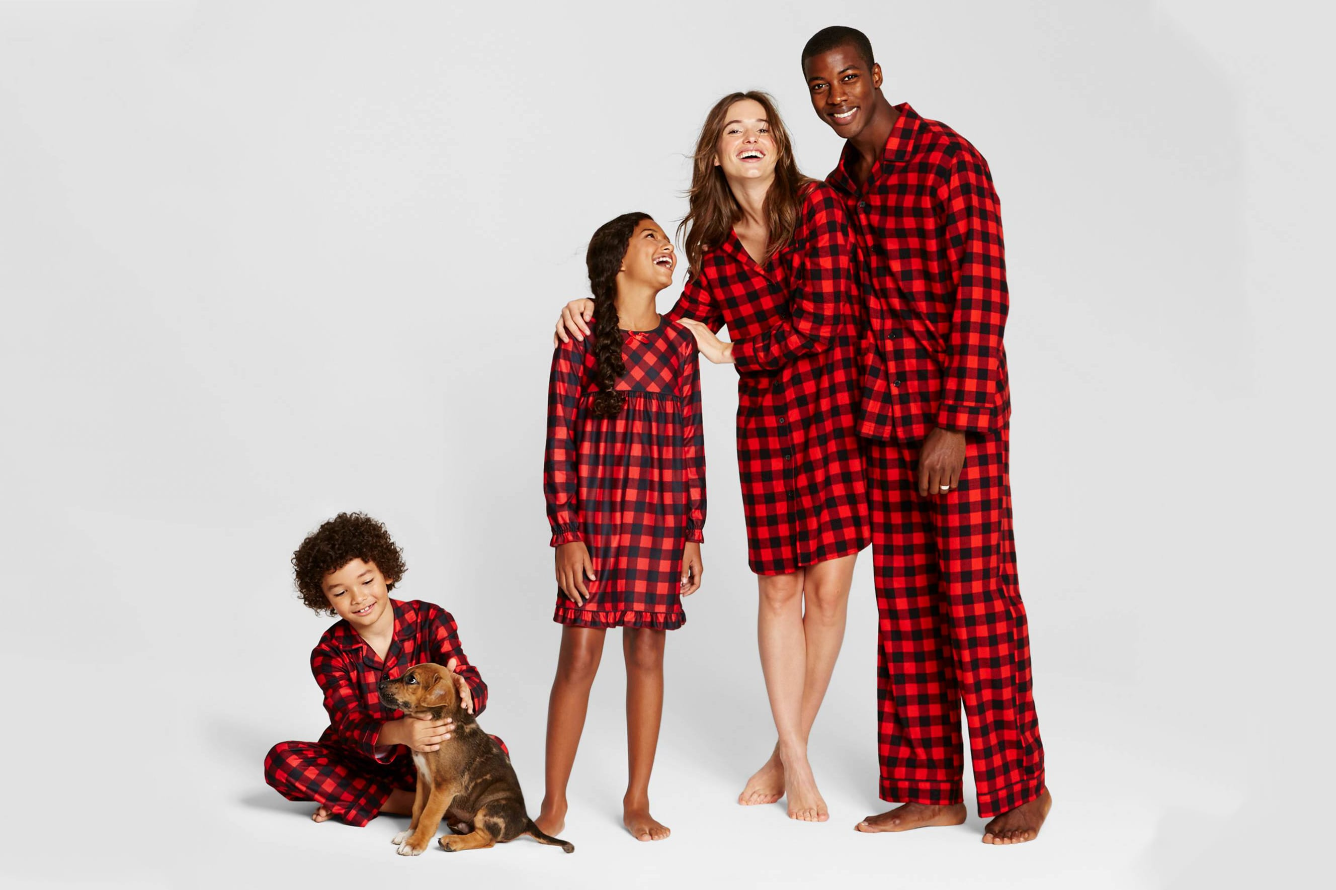 0a80b2152a4c Sleep Mode  Where to Buy Matching PJs for the Whole Family ...