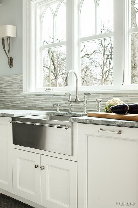 Farmhouse Fabulous: All About Apron Sinks | Apartment Therapy on u shaped contemporary kitchens, u shaped bathroom vanity, v shaped kitchen sink, u shaped copper sink,