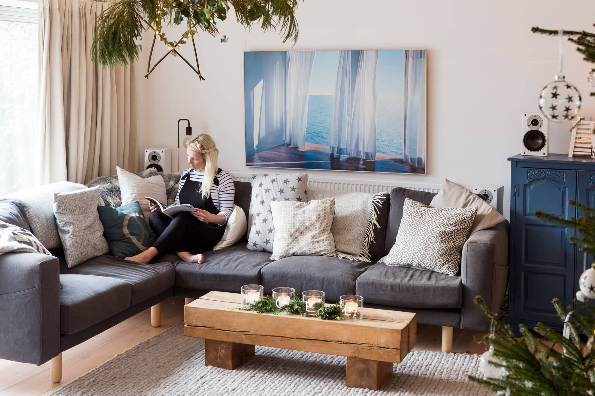 How To Make Your Old Ugly Sofa Look New Again Apartment Therapy