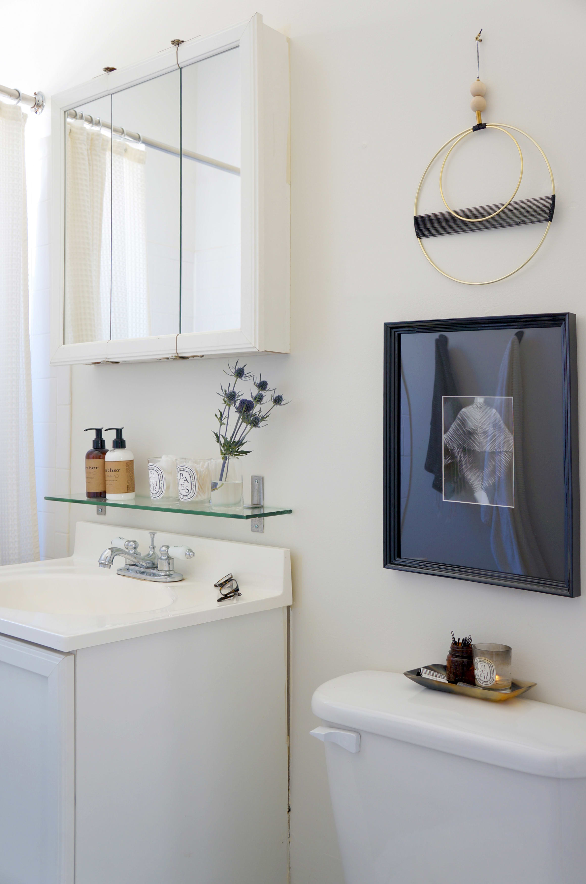 8 Stylish Solutions for Ugly Rental Bathrooms | Apartment Therapy on family room, awful family, awful house, living room, awful hotel room, awful car, awful parking, dining room, bathroom cabinet, awful food, wine cellar,
