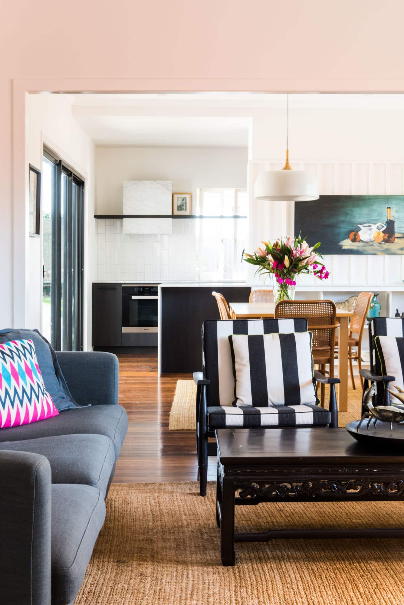 House Tour An Australian Designer S Modern Home Apartment Therapy