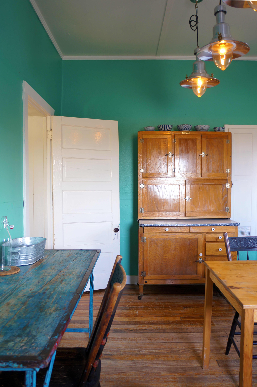 A modern adobe farmhouse home in marfa gallery image 25