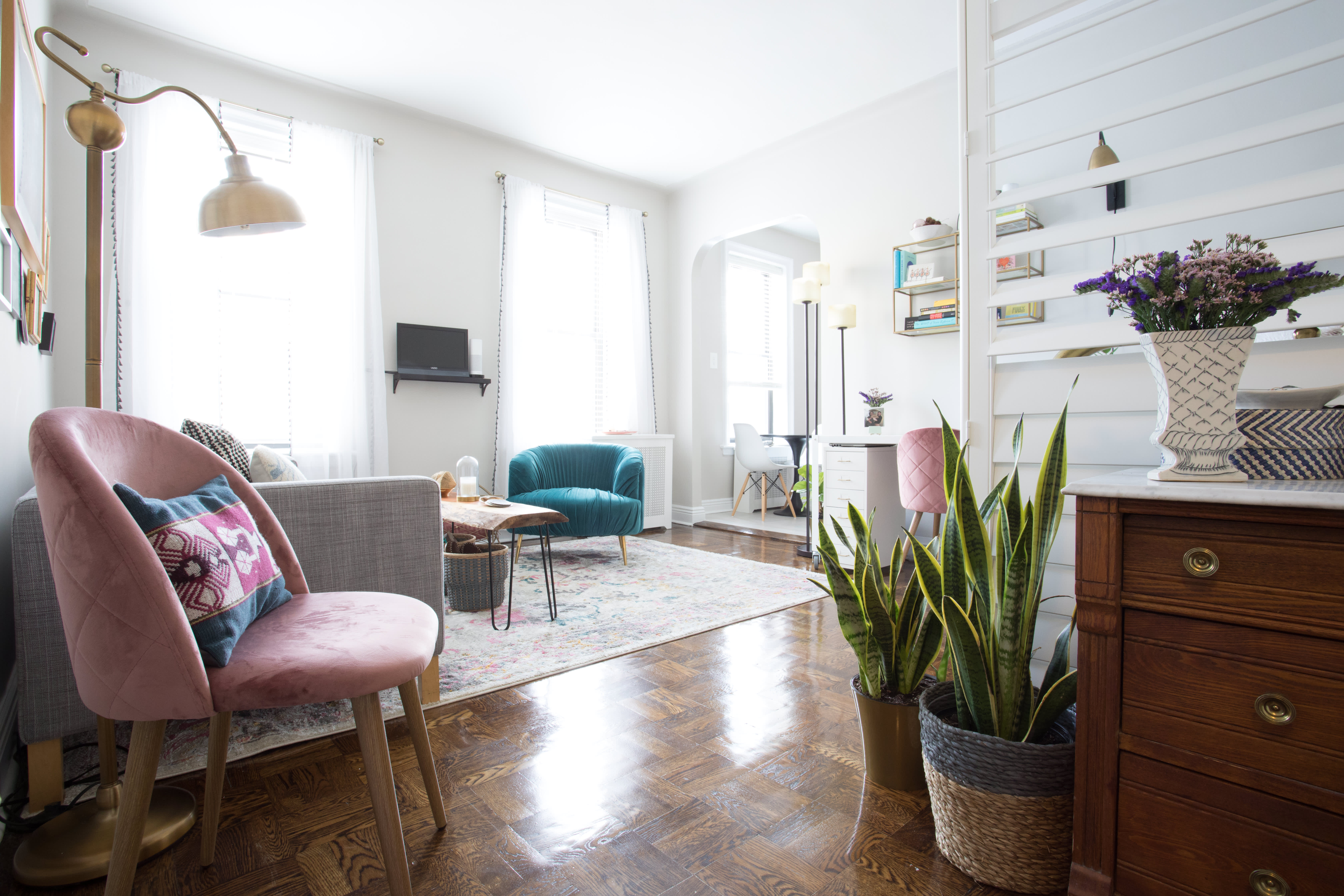 50 incredible living rooms to inspire your 2018 home - What is 500 square feet ...