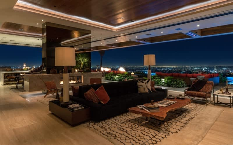 Check Out This $38M Mansion, Decorated by Lenny Kravitz: gallery image 6