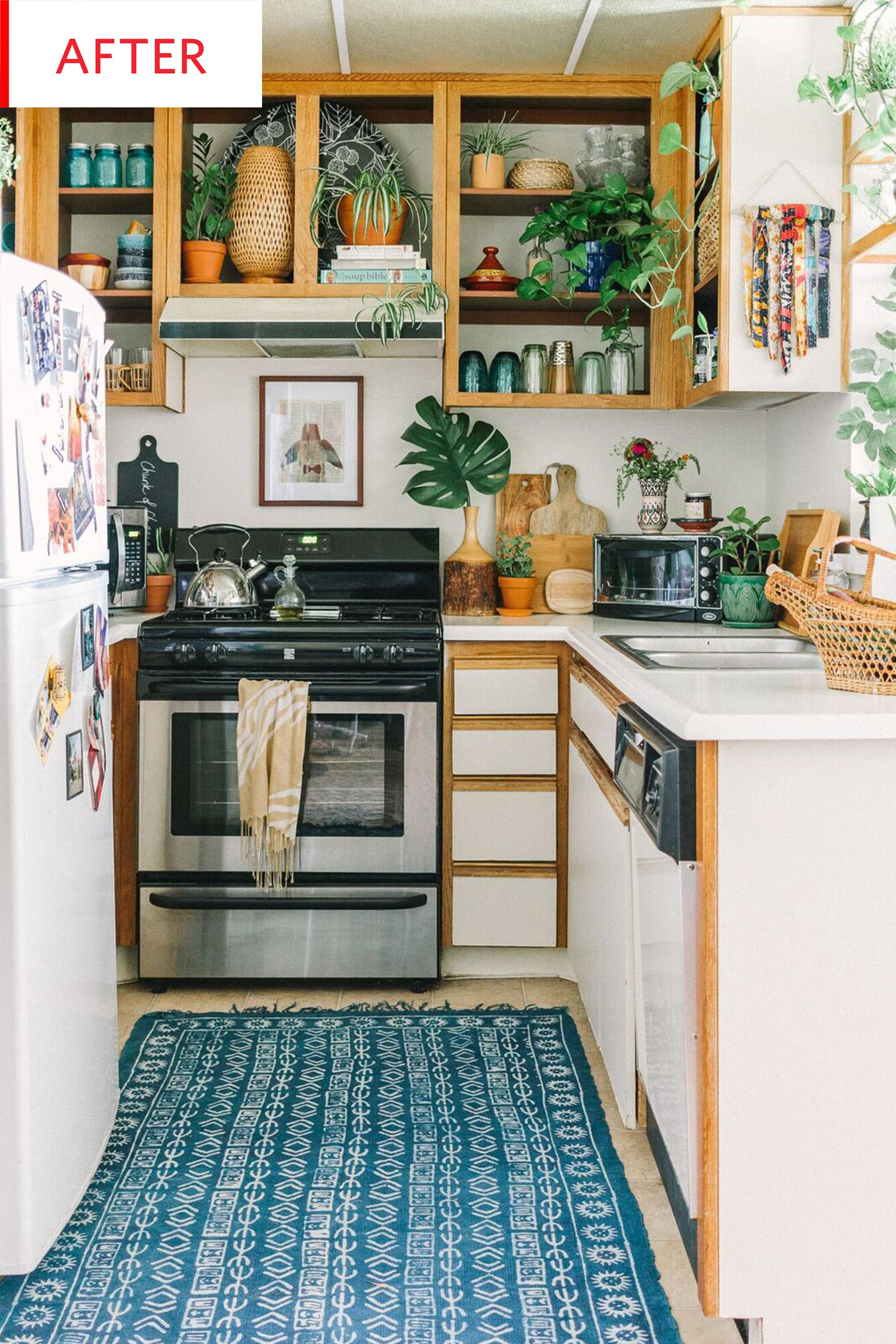 Before And After Small Kitchen: Before & After: We Love This No-Reno-Required Rental