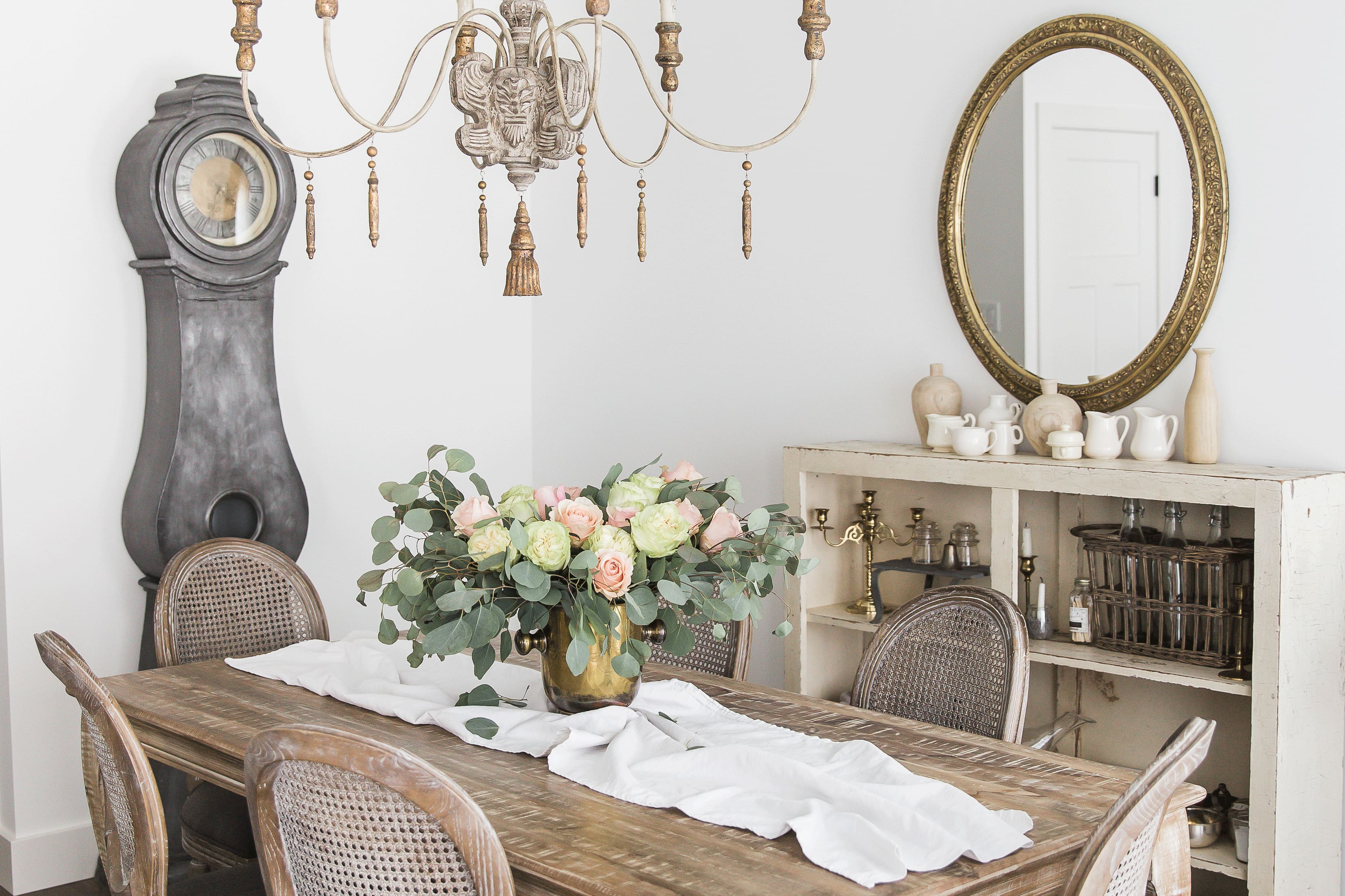 "house tour: a simple & chic ""french vintage"" home 