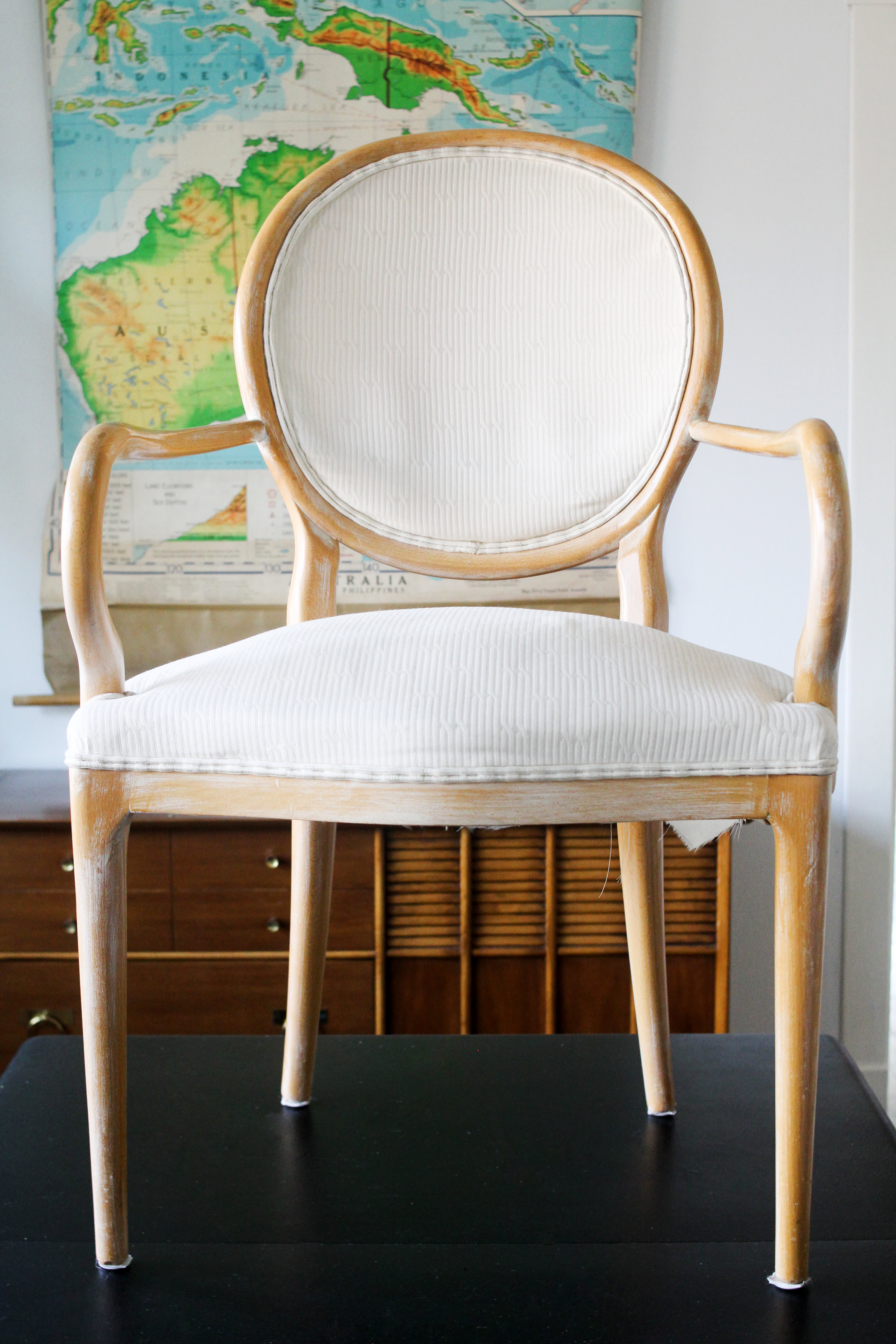 We Tried Painting A Fabric Chair With Chalk Paint Apartment Therapy