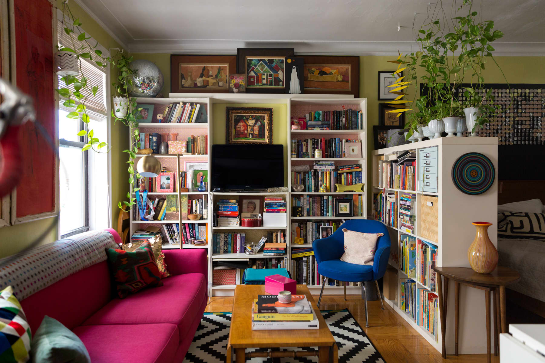 A Tiny 300-Square-Foot Studio Apartment Is a Jewel Box: gallery image 3