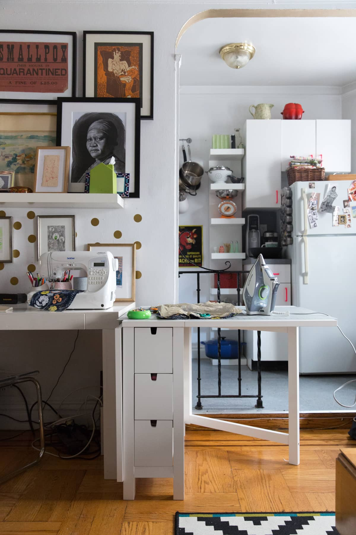 A Tiny 300-Square-Foot Studio Apartment Is a Jewel Box: gallery image 23