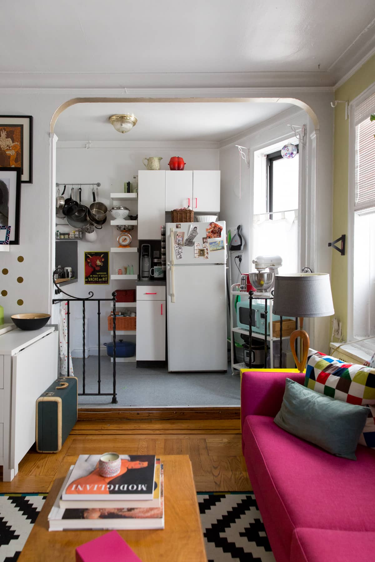 A Tiny 300-Square-Foot Studio Apartment Is a Jewel Box: gallery image 14