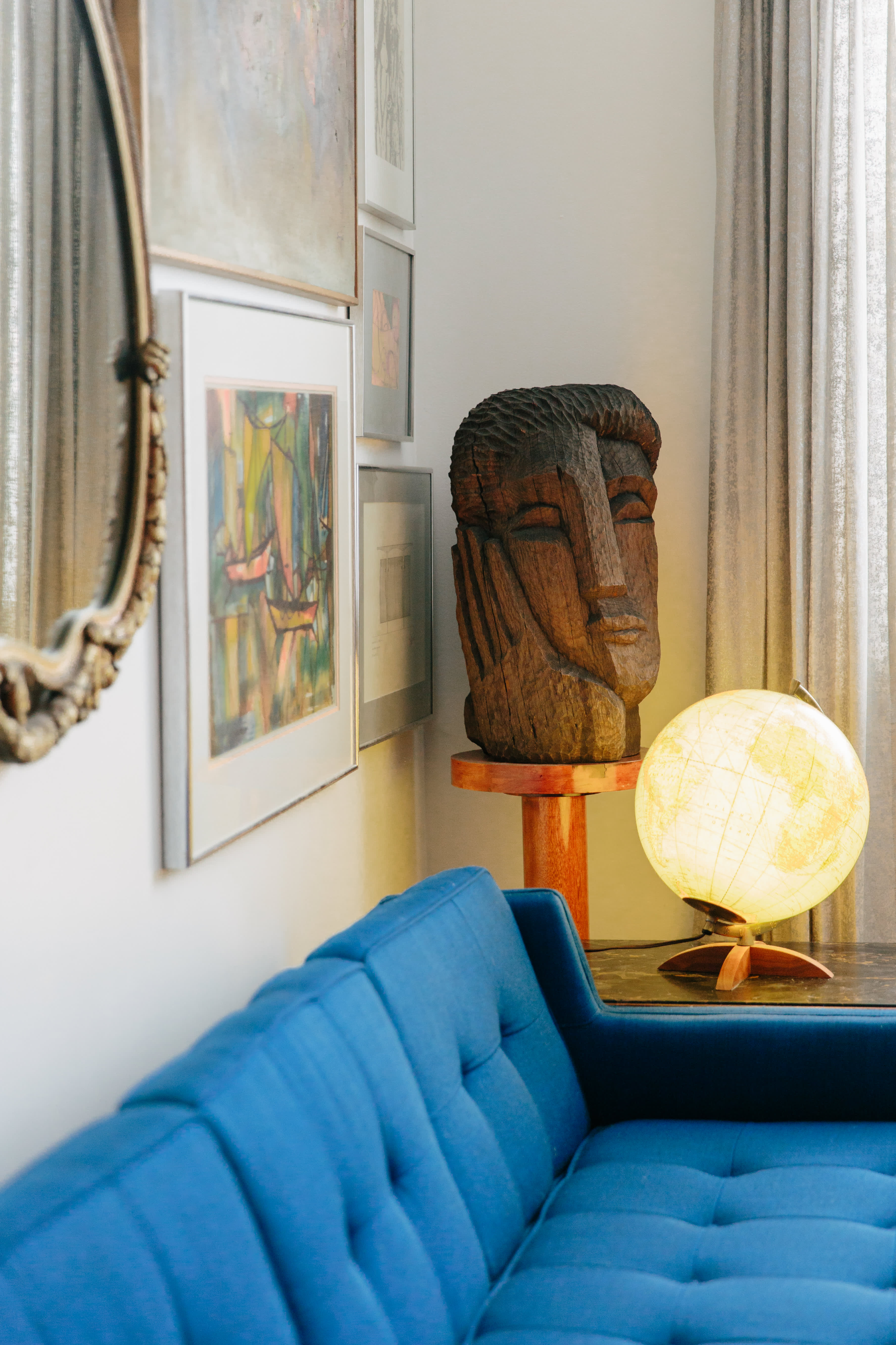 Furniture Store Owners Have A Stunning Chicago Home: Gallery Image 5