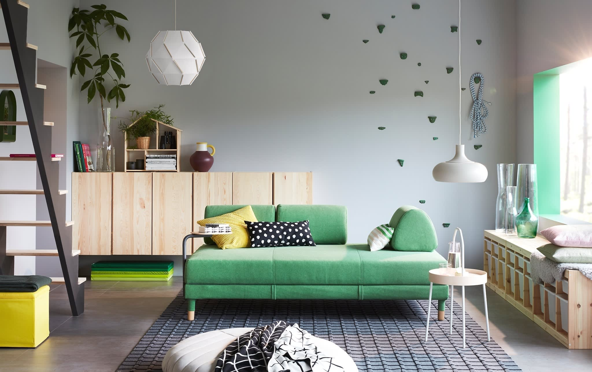 8 Small-Space Living Room Layout Ideas We're Stealing from ...