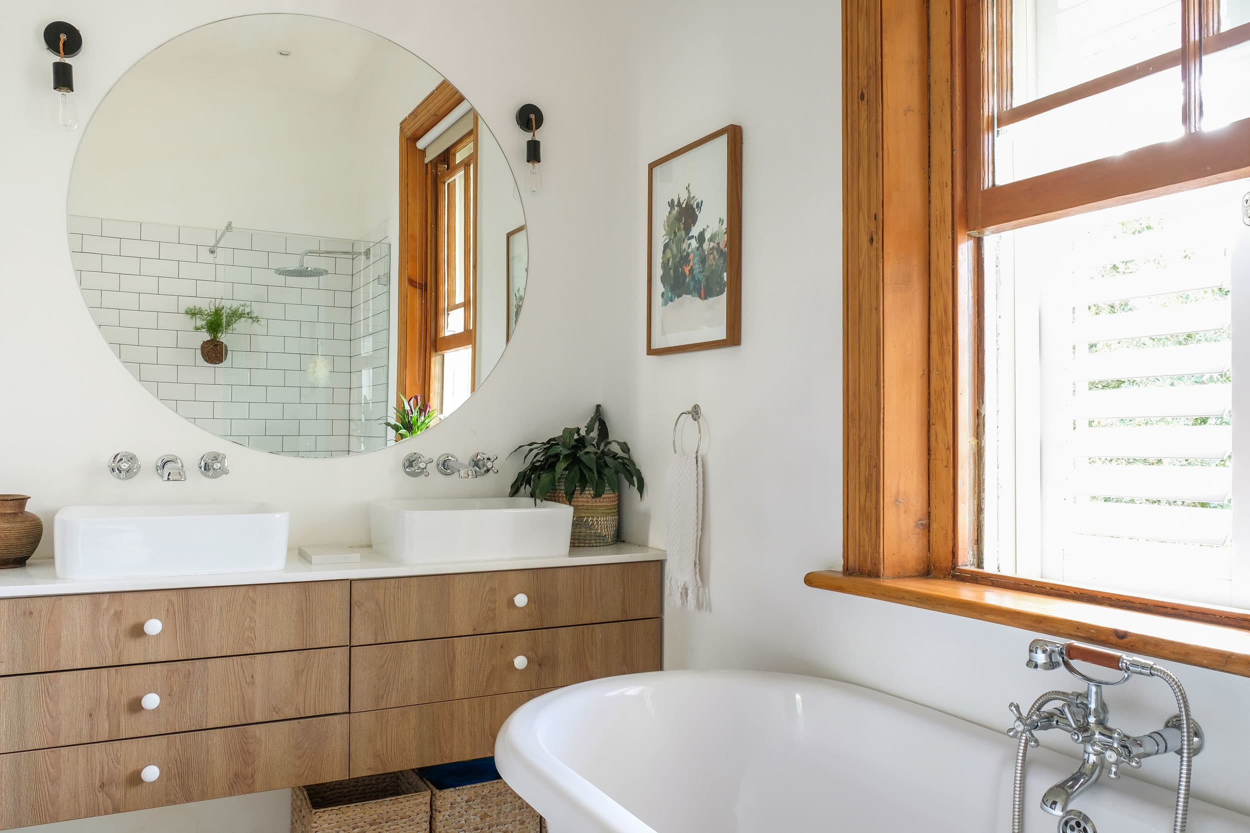 Dont make vanity lighting an afterthought in your bathroom