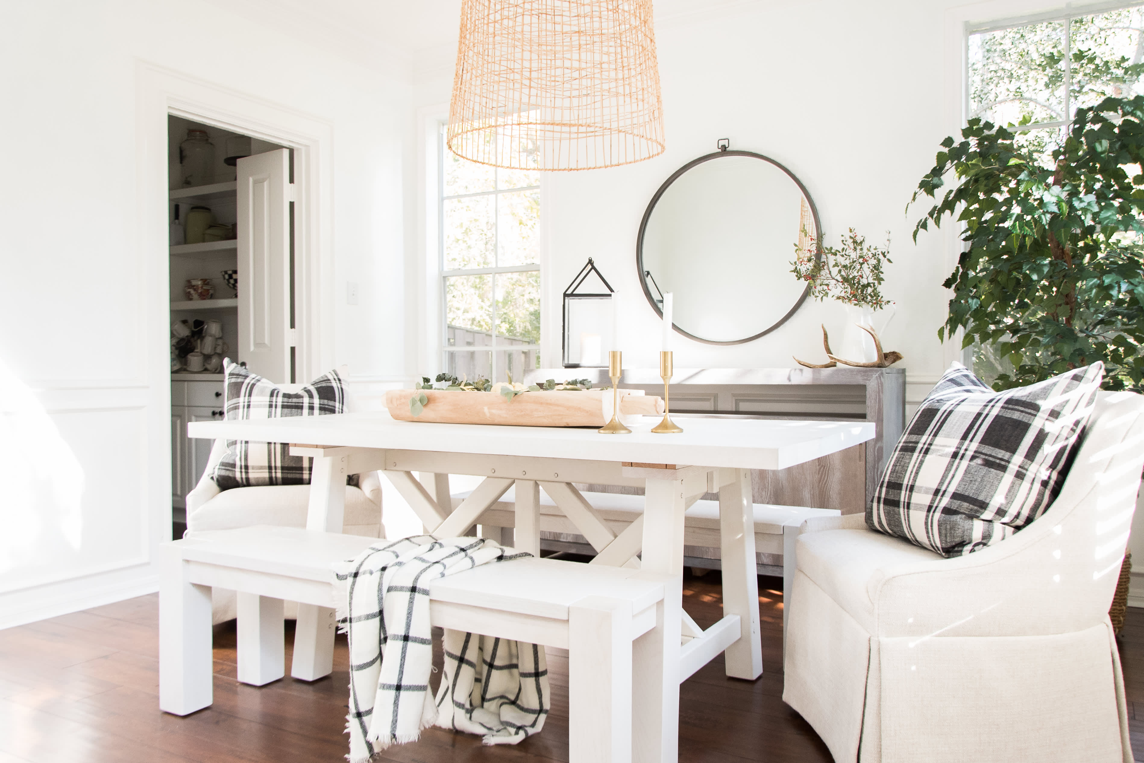 This Bright Houston Home Nails Modern Farmhouse Style Gallery Image 9