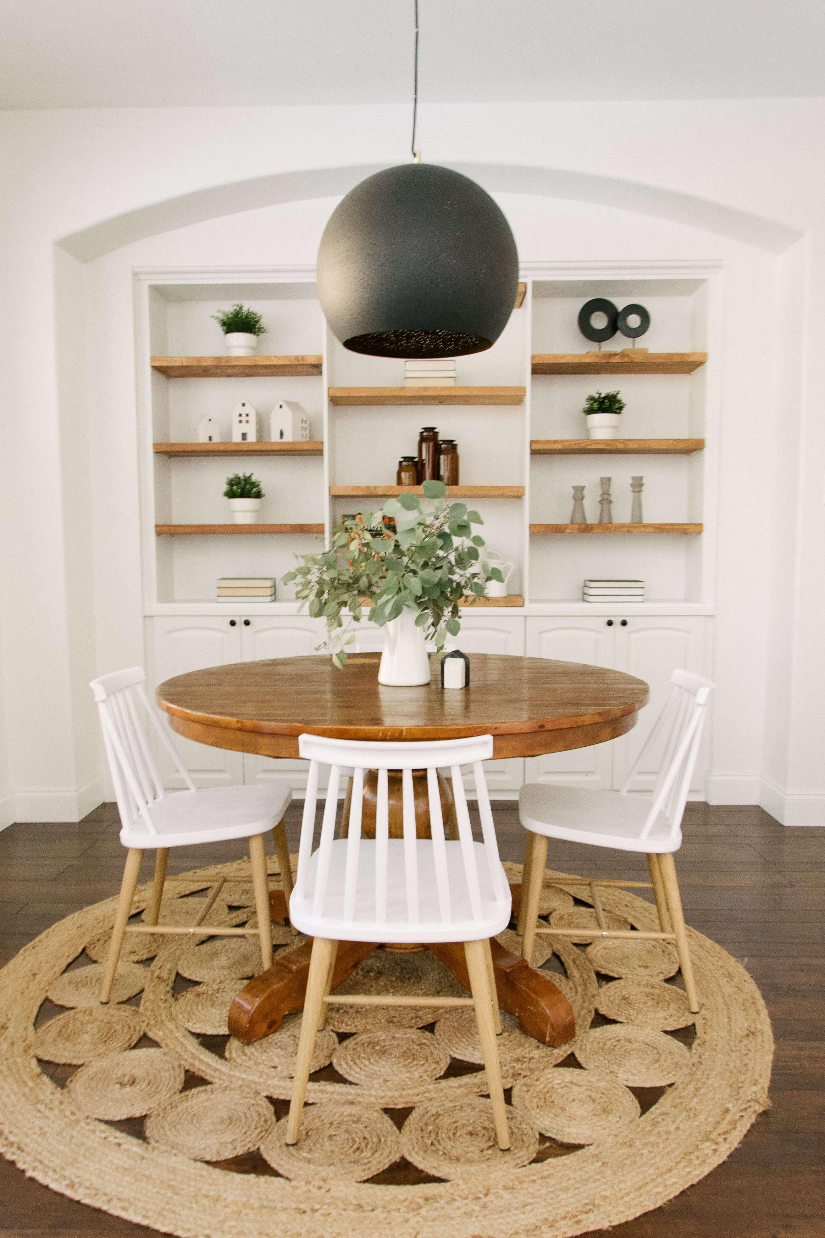 This Bright Houston Home Nails Modern Farmhouse Style Gallery Image 8