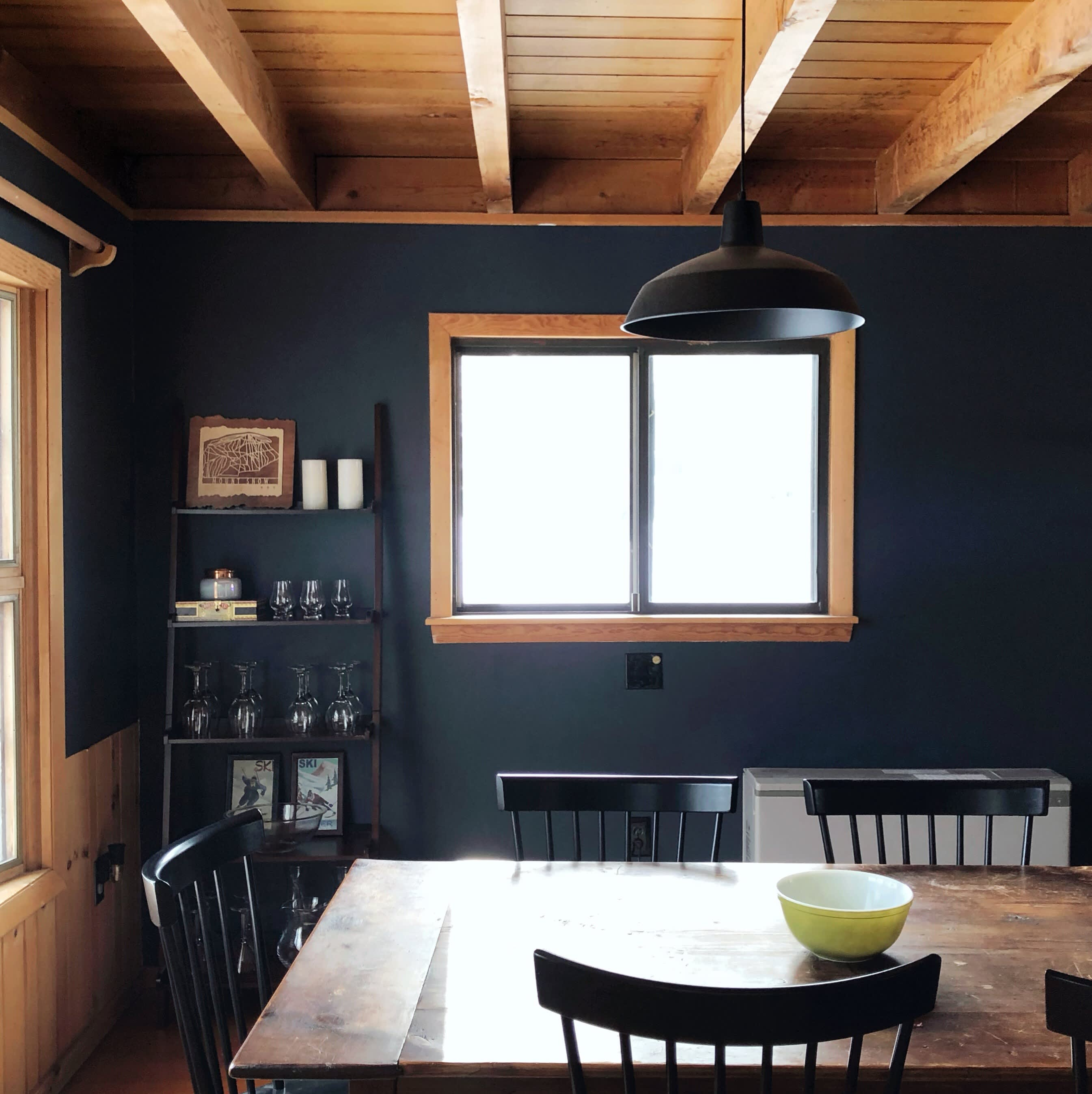 Cabin Paint Colors Interior: A Large Colorado Cabin Cultivates Cozy With Dark Paint