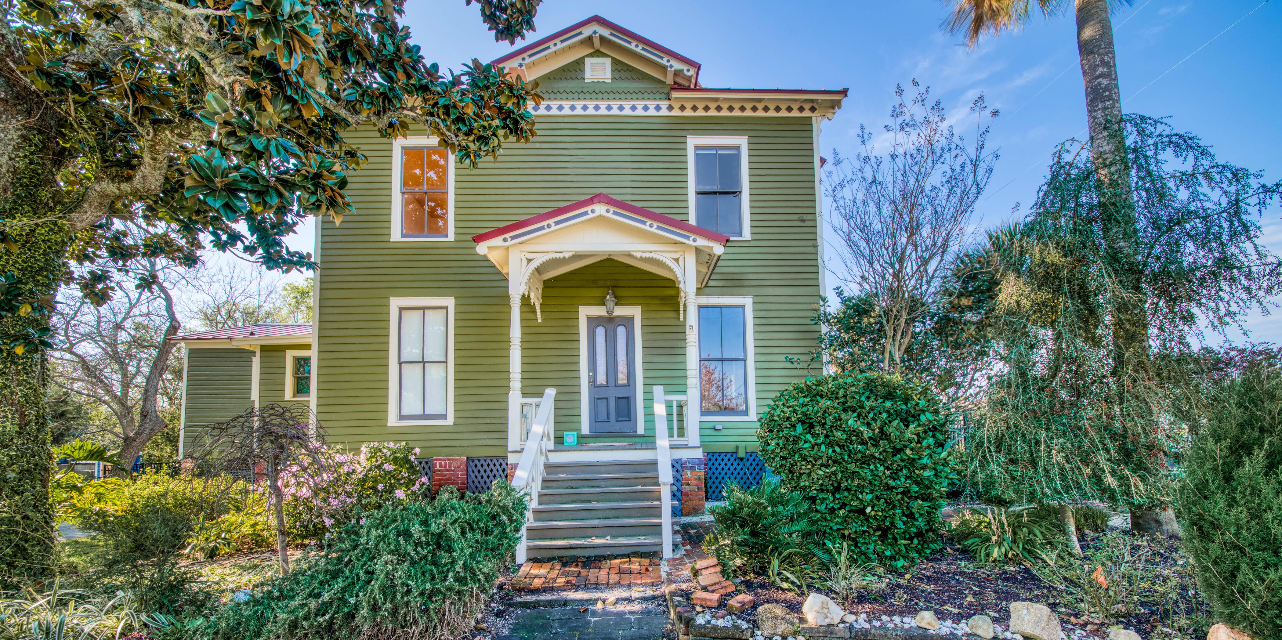Checking Out Pippi Longstocking From >> Pippi Longstocking S House Villa Villekulla Is For Sale
