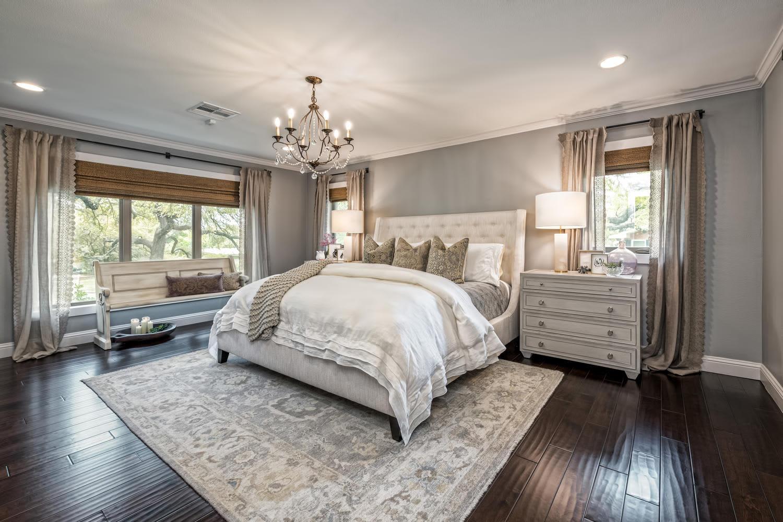 """Fixer Upper"" Waco House for Sale Photos - April 2019 ..."