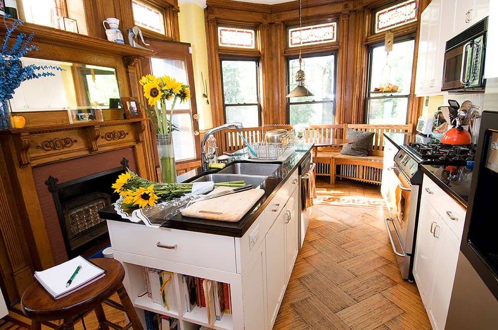 Kitchen Tour: Robert and Elizabeth's Soulful Sterling Place: gallery image 20