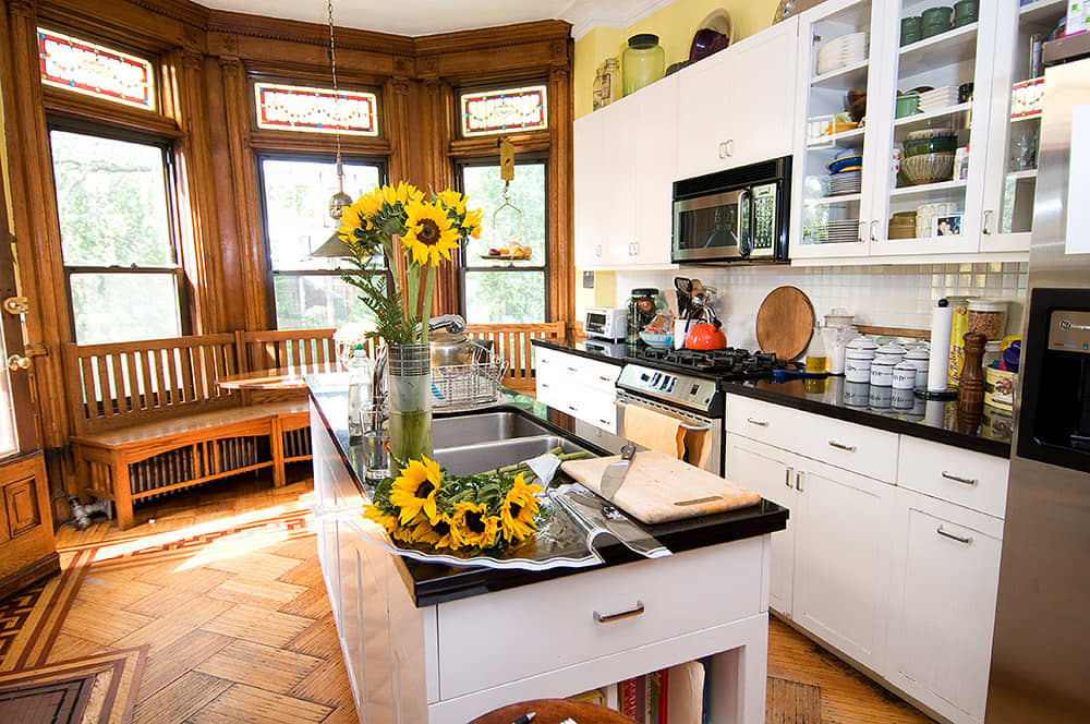 Kitchen Tour: Robert and Elizabeth's Soulful Sterling Place: gallery image 1
