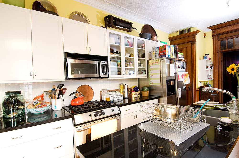 Kitchen Tour: Robert and Elizabeth's Soulful Sterling Place: gallery image 5