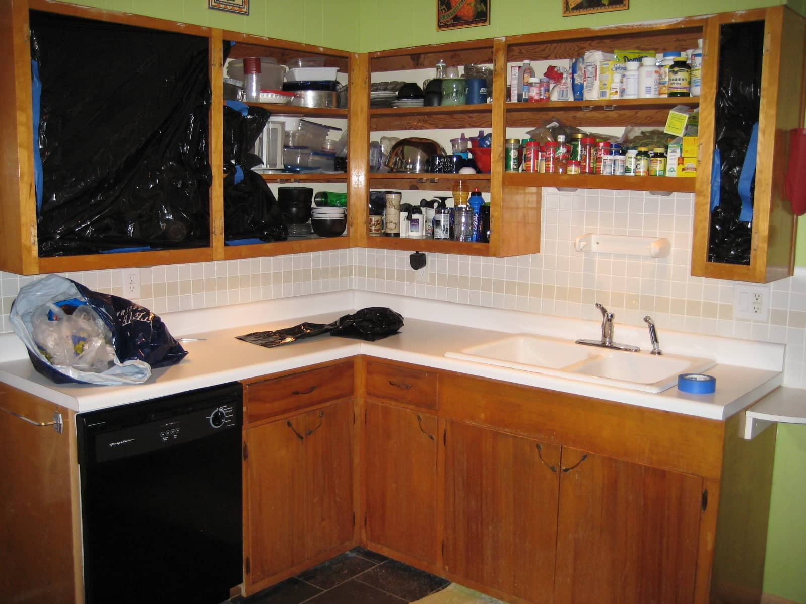 How To Refinish Flaky Cabinets From the 60s Jessi's February Jumpstart Project 2009: gallery image 3
