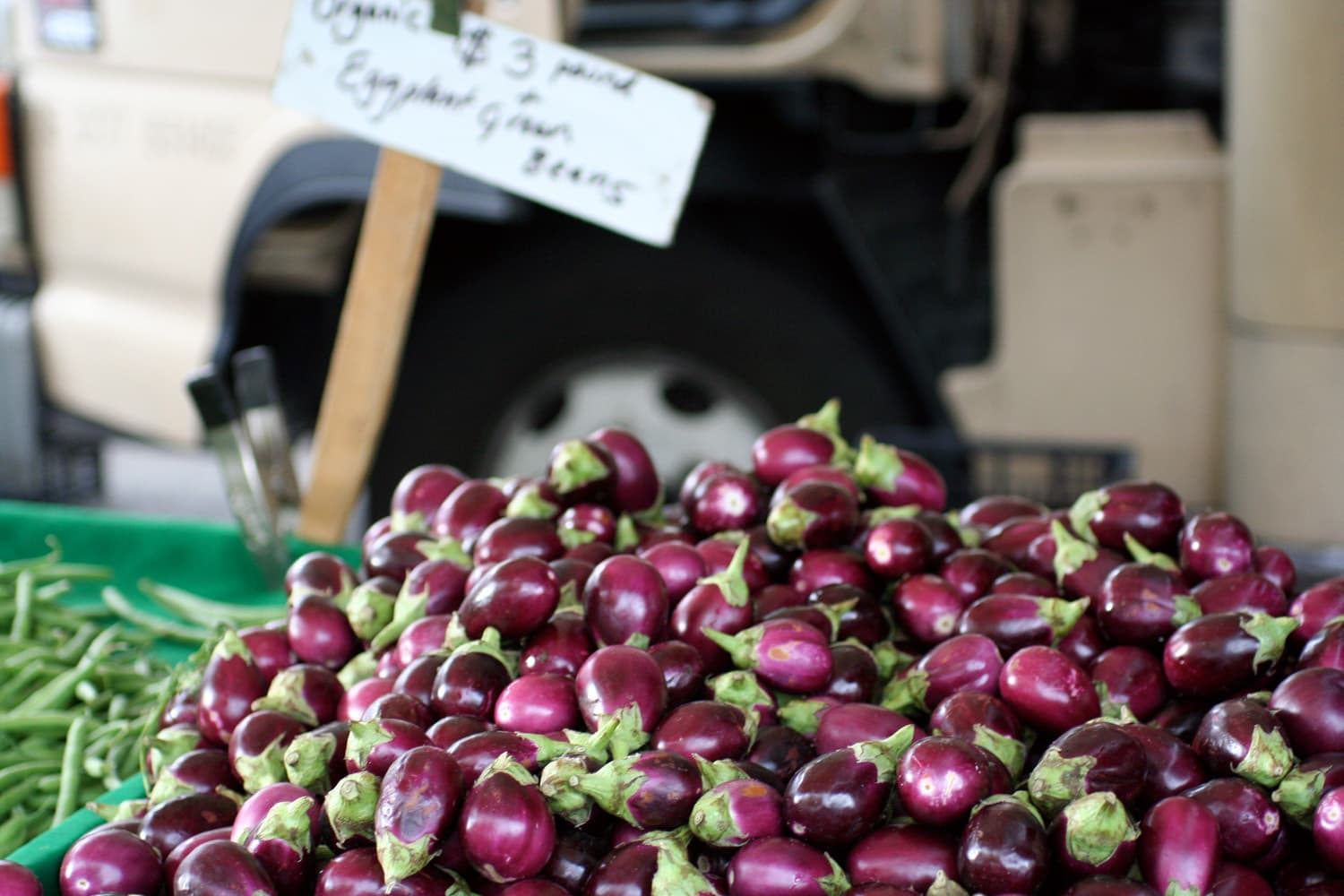 On Dropping In On Other Farmers' Markets: gallery image 2