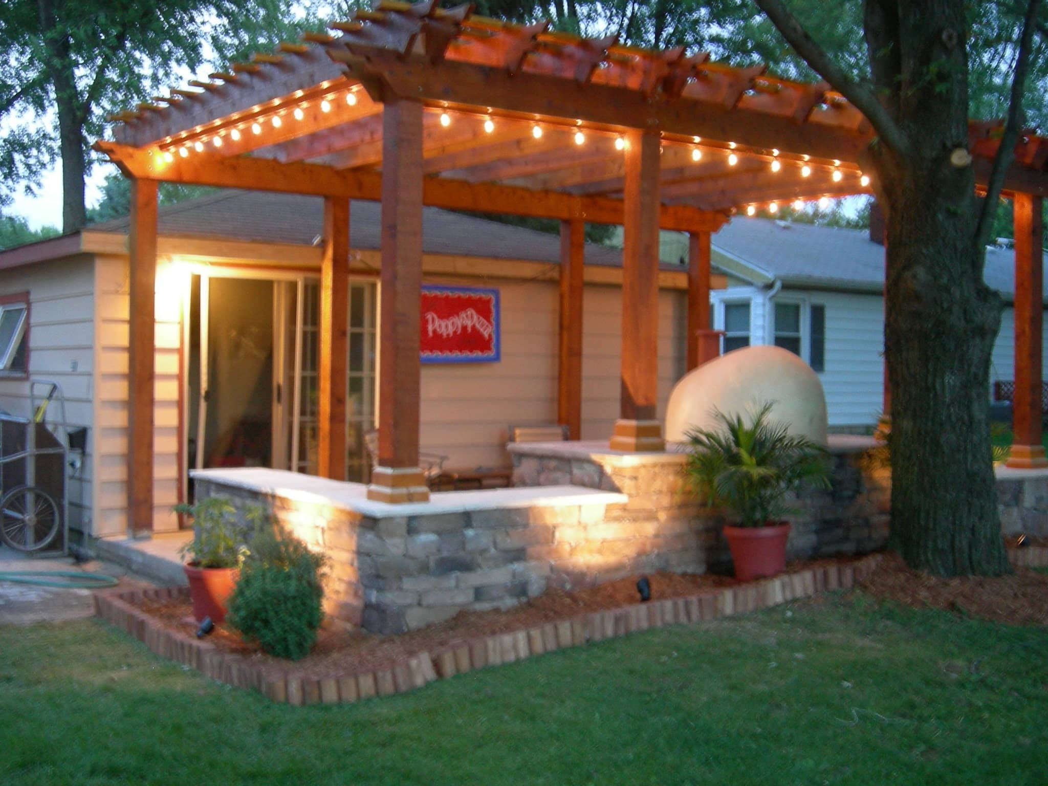 My Great Outdoors: Paula's Pizza Patio Makeover: gallery image 1