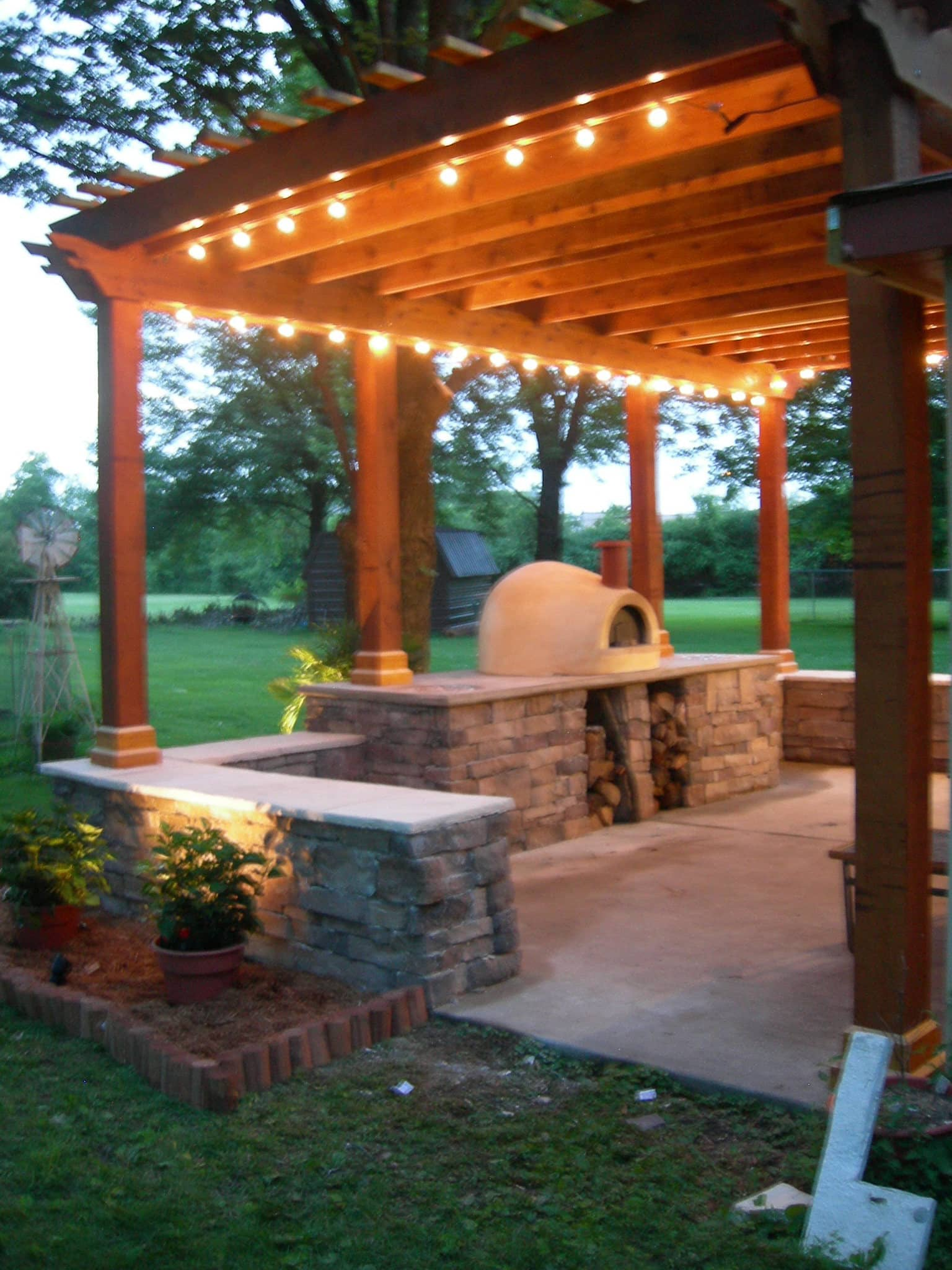 My Great Outdoors: Paula's Pizza Patio Makeover: gallery image 4