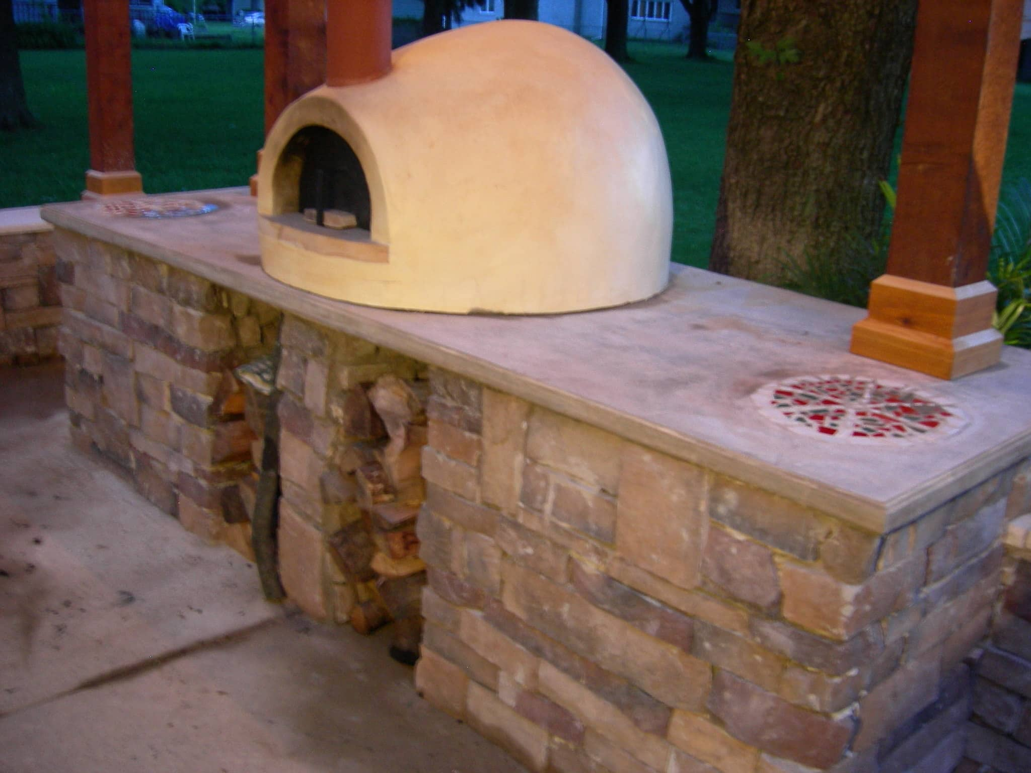 My Great Outdoors: Paula's Pizza Patio Makeover: gallery image 5