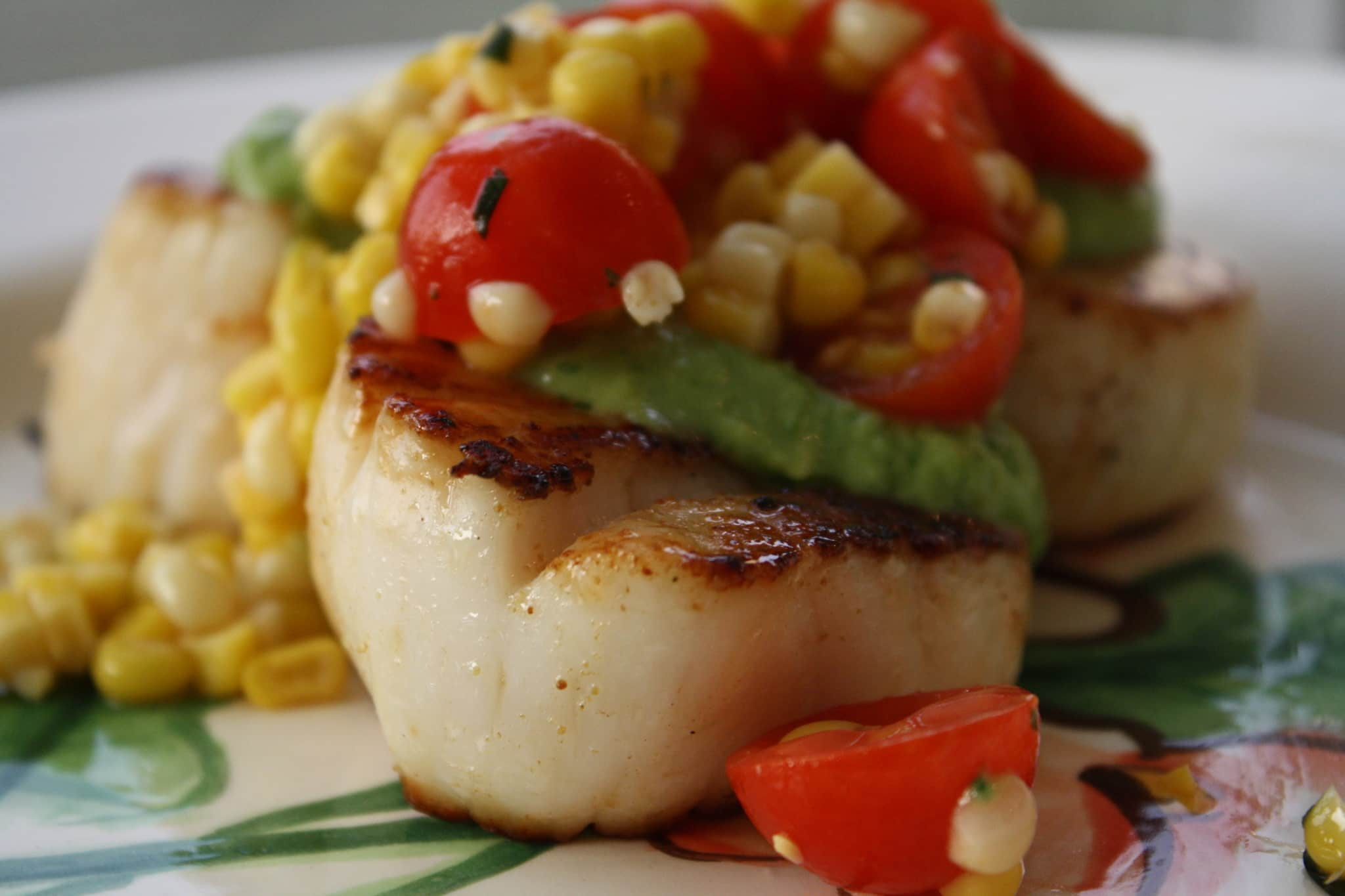 Phoebe's Scallops with Tomatillo Guacamole & Corn Salsa Quick Weeknight Meals Recipe Contest 2009: gallery image 1
