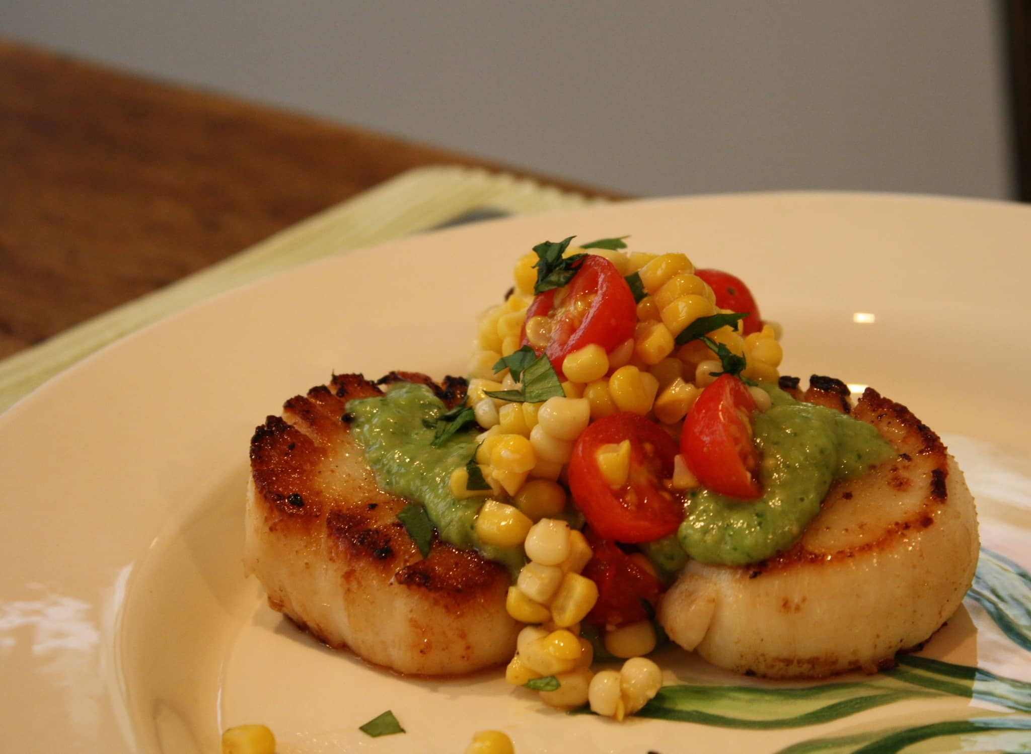 Phoebe's Scallops with Tomatillo Guacamole & Corn Salsa Quick Weeknight Meals Recipe Contest 2009: gallery image 4