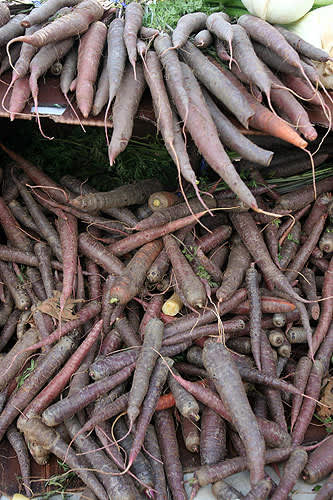 A Purple Theme at the San Rafael Farmer's Market: gallery image 5