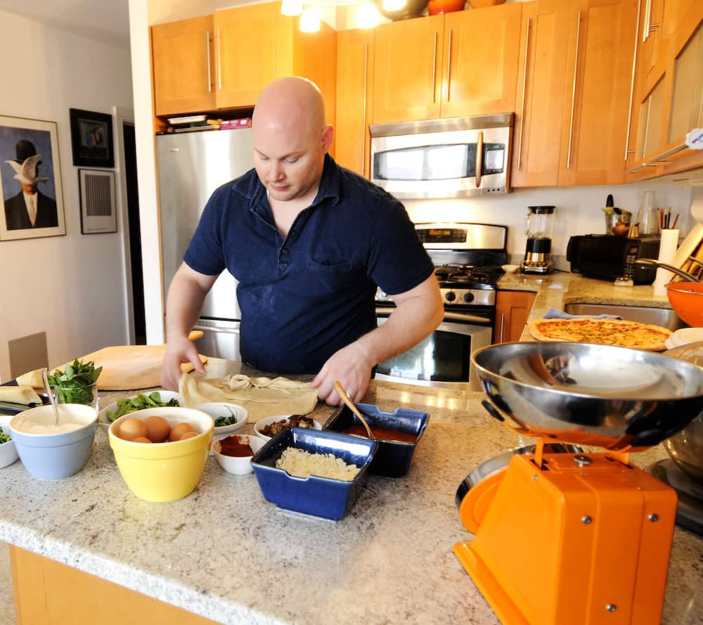 "Kitchen Tour: Dan Kluger's Brooklyn ""Real Chef"" Kitchen: gallery image 8"