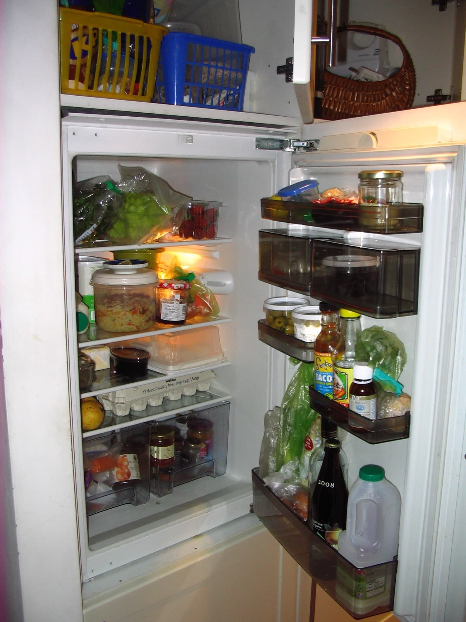What Foods Are Always In Your Fridge? The Fall 2009 Kitchen Cure: gallery image 3