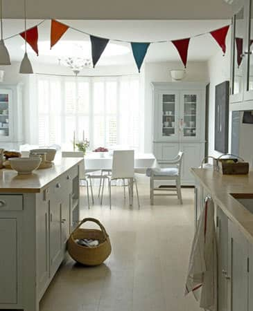 Color Splash: Decorating with Bunting: gallery image 4