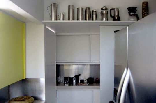 California Modern: Five Small & Inspiring Kitchens: gallery image 7